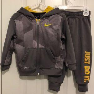 Toddler 24 mo Nike DRI-FIT 2- piece set